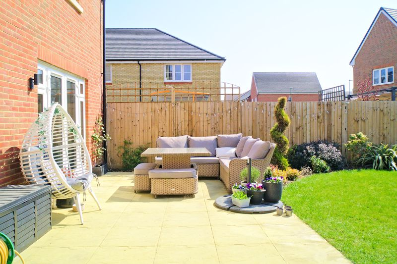 5 bed house for sale in Bankside, Chichester  - Property Image 19