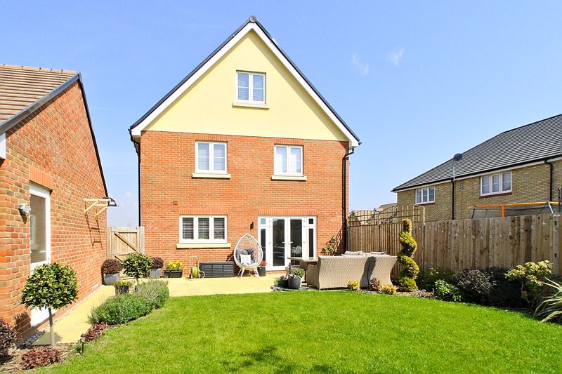 5 bed house for sale in Bankside, Chichester  - Property Image 16