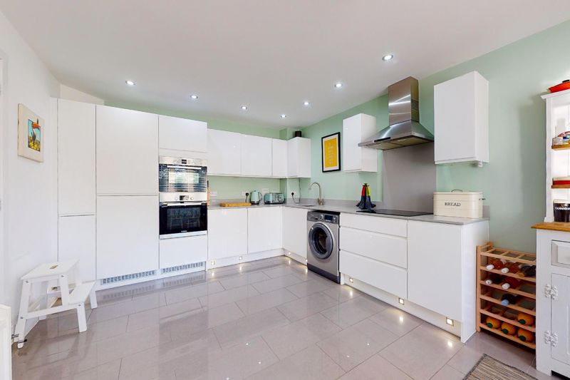 4 bed house for sale in Blossom Way, Bognor Regis 12