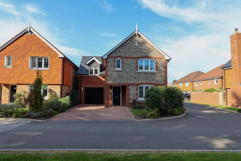 4 bed house for sale in Blossom Way, Bognor Regis 19