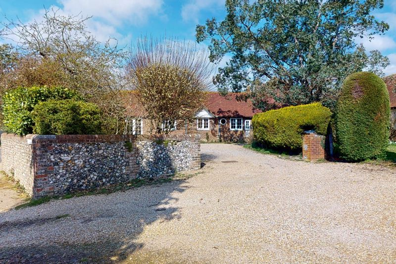 3 bed bungalow for sale, Chichester  - Property Image 1
