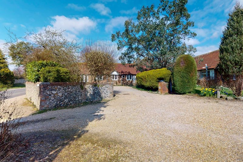 3 bed bungalow for sale, Chichester 18