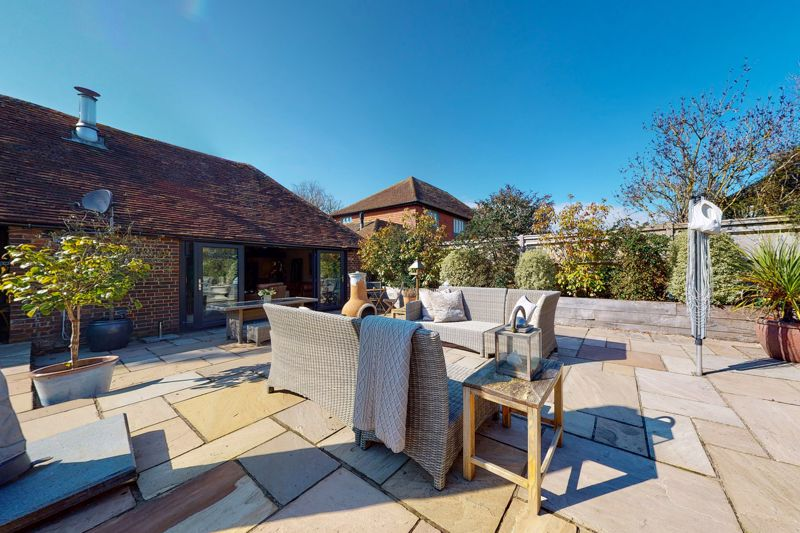 3 bed bungalow for sale, Chichester 17