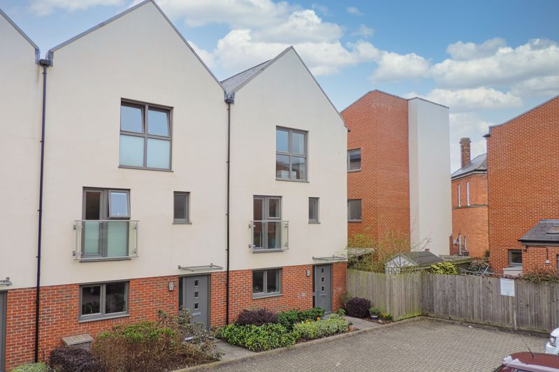 3 bed house for sale in Longley Road, Chichester  - Property Image 12