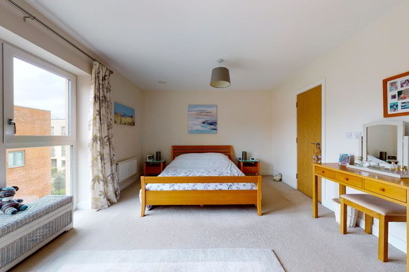 3 bed house for sale in Longley Road, Chichester  - Property Image 9
