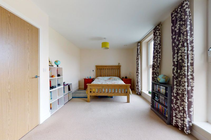 3 bed house for sale in Longley Road, Chichester  - Property Image 8