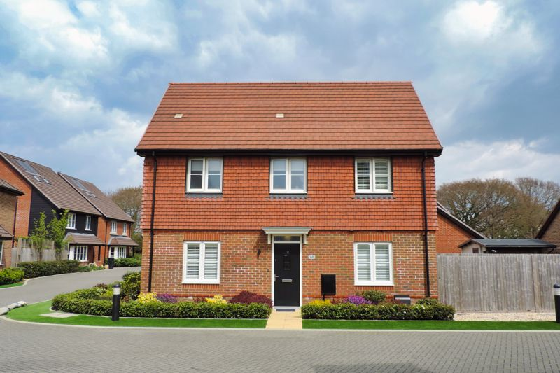 Tawny Close, Chichester, PO20