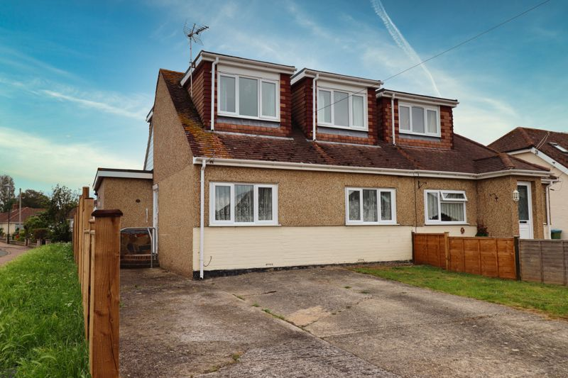 3 bed house for sale in Lincoln Avenue, Bognor Regis - Property Image 1