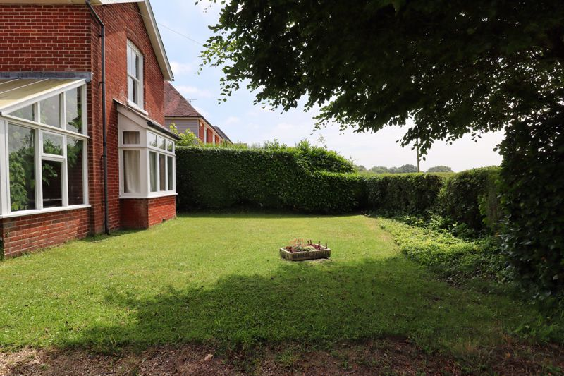 2 bed for sale in West Ashling Road, Chichester 9