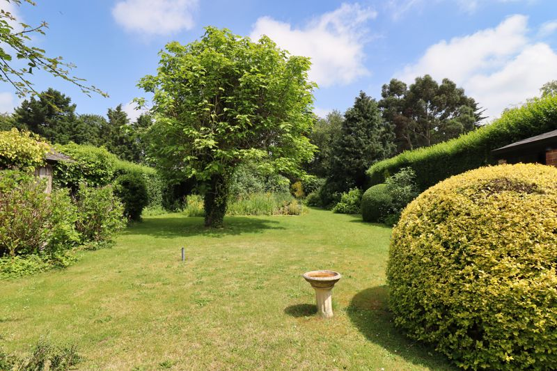 2 bed for sale in West Ashling Road, Chichester  - Property Image 7