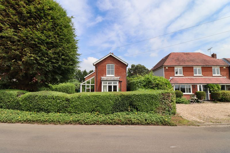 2 bed for sale in West Ashling Road, Chichester 2