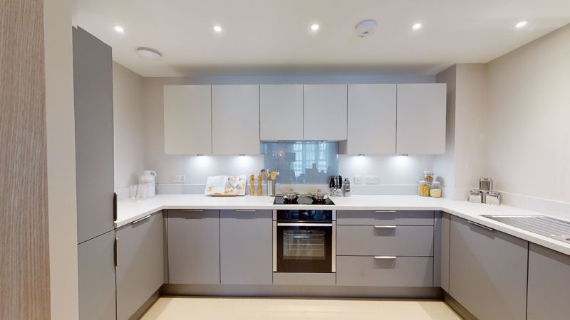 1 bed flat for sale in Cakeham Road, Chichester 8