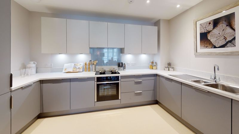 1 bed flat for sale in Cakeham Road, Chichester 9