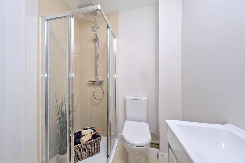 1 bed flat for sale in Cakeham Road, Chichester 10