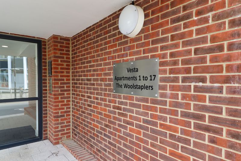 2 bed for sale in The Woolstaplers, Chichester  - Property Image 12