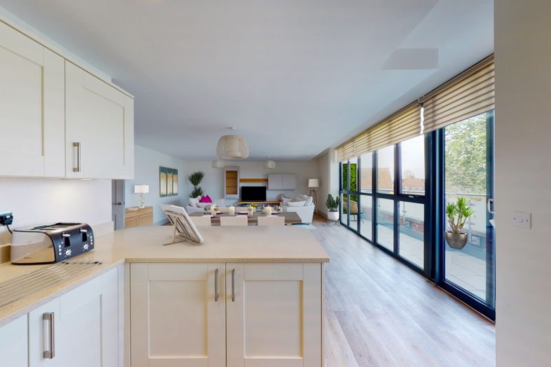 2 bed for sale in The Woolstaplers, Chichester  - Property Image 7