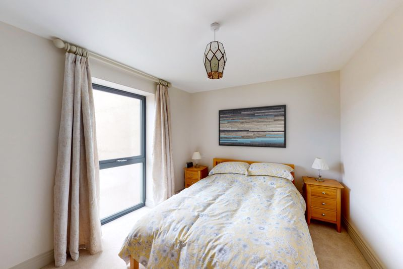 2 bed for sale in The Woolstaplers, Chichester  - Property Image 16