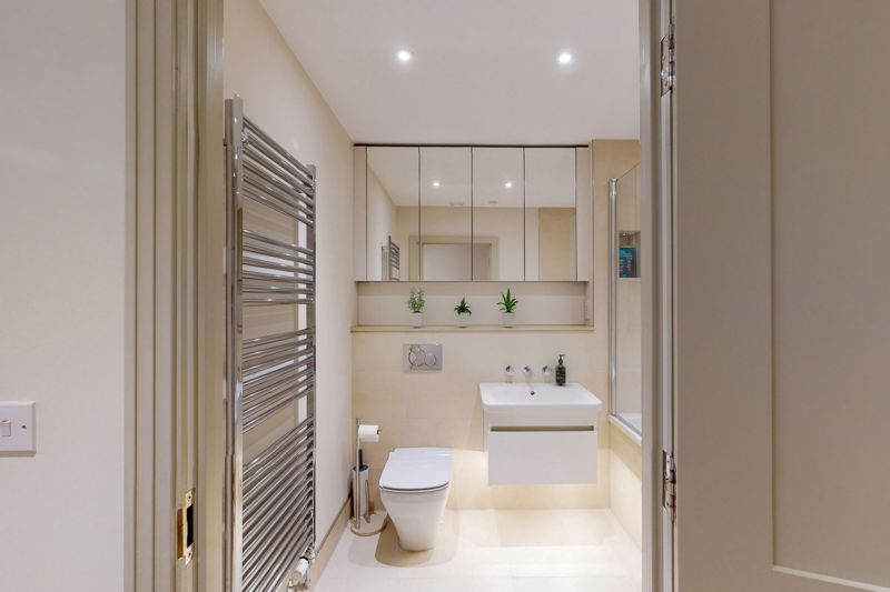 2 bed for sale in The Woolstaplers, Chichester 14