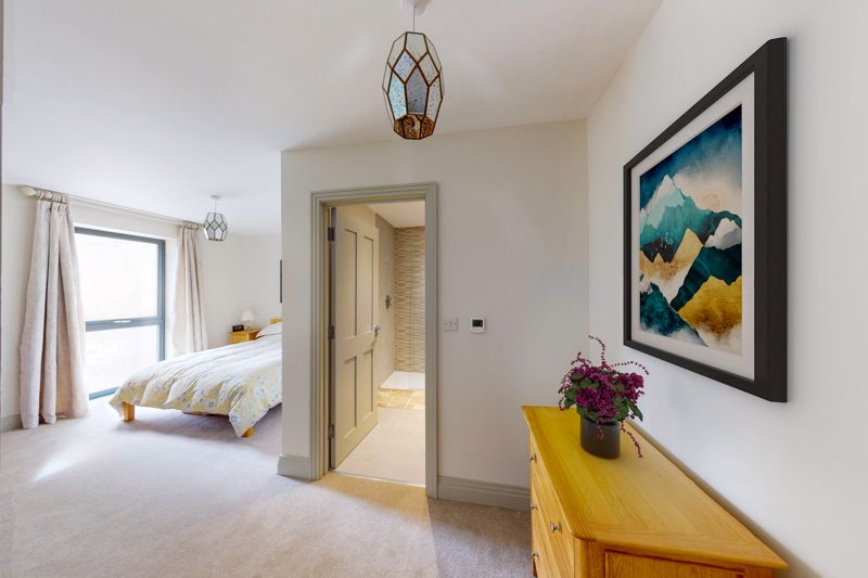 2 bed for sale in The Woolstaplers, Chichester  - Property Image 14