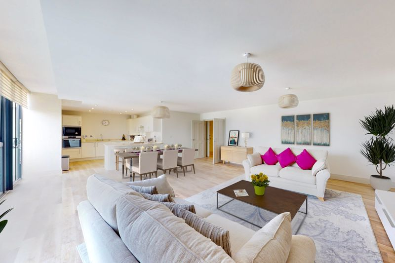 2 bed for sale in The Woolstaplers, Chichester  - Property Image 3