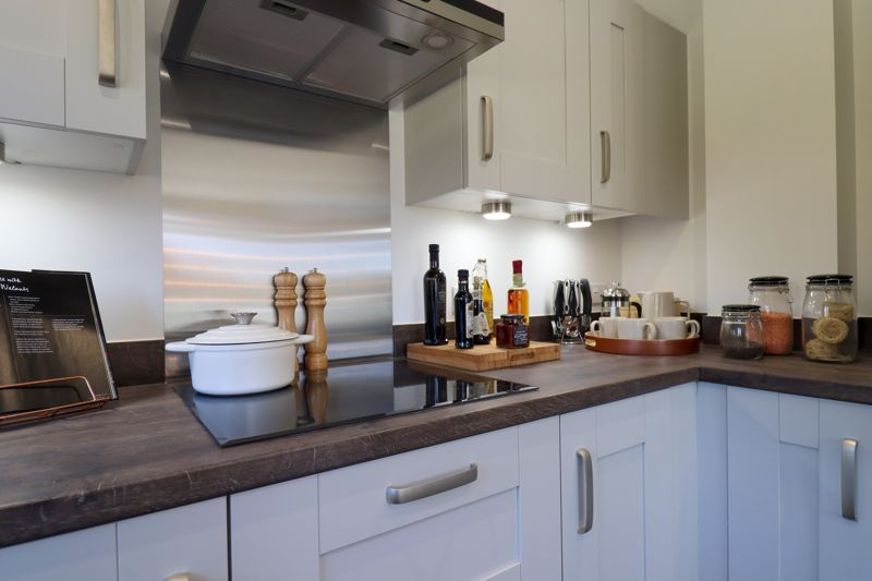 3 bed house for sale in Cinders Lane, Arundel 13