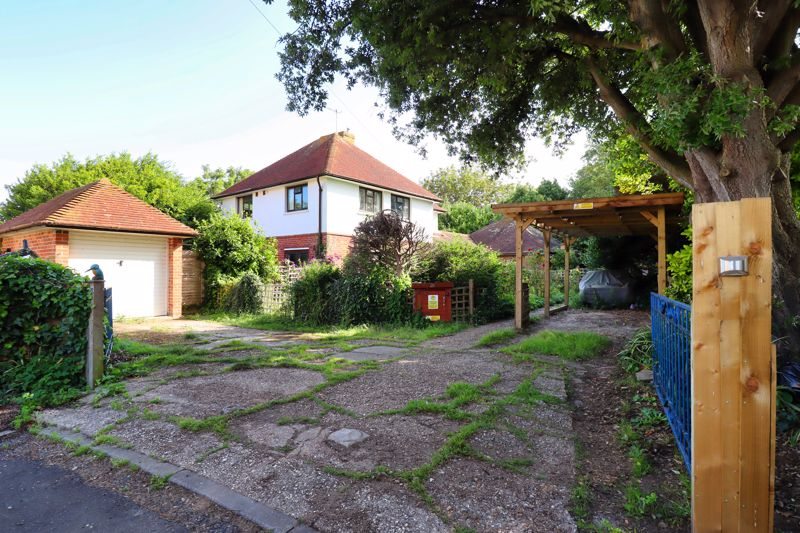 4 bed house for sale in Kingsmead, Bognor Regis - Property Image 1