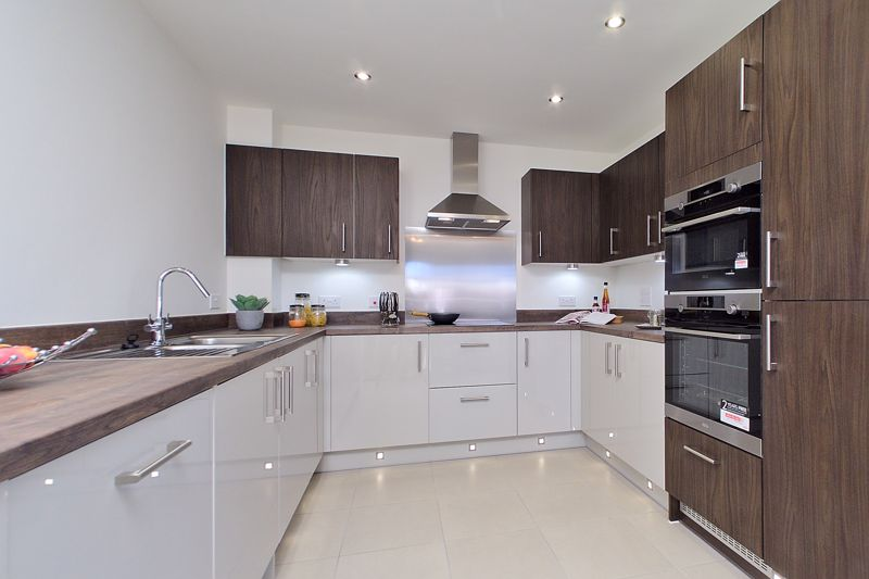 3 bed house for sale in Cinders Lane, Arundel 1