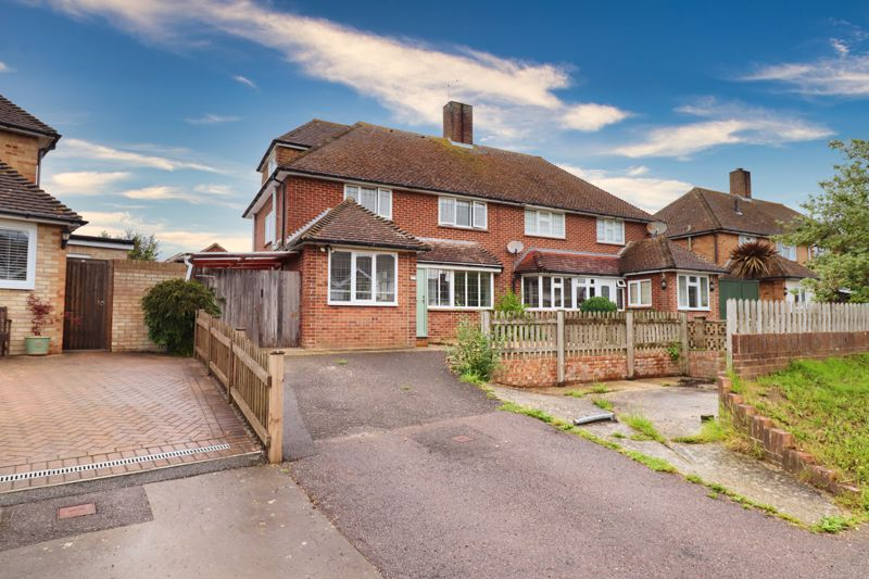 4 bed house for sale in Selsey Road, Chichester  - Property Image 1