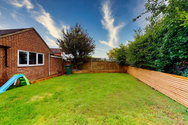 4 bed house for sale in Selsey Road, Chichester  - Property Image 10