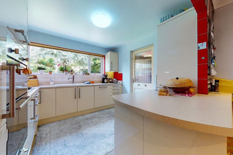 5 bed house for sale in Guildford Place, Chichester  - Property Image 6