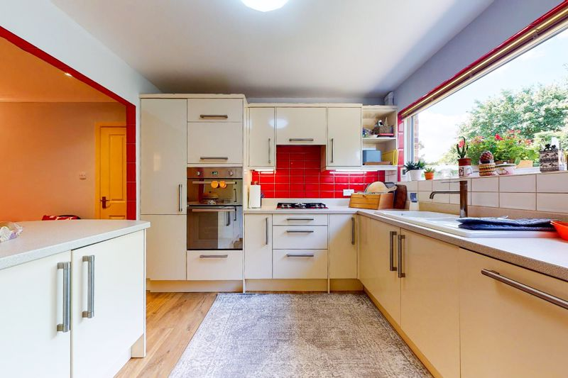 5 bed house for sale in Guildford Place, Chichester 1