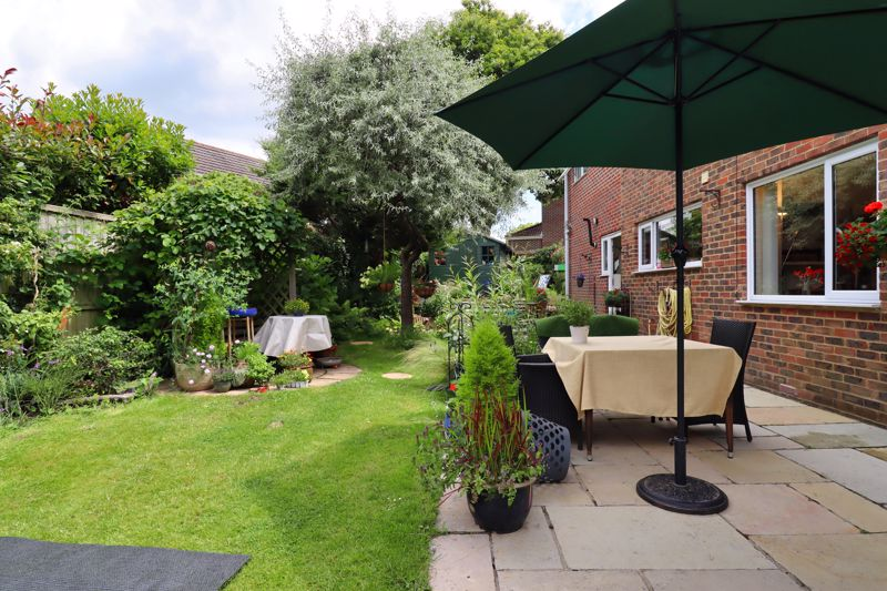 5 bed house for sale in Guildford Place, Chichester 10