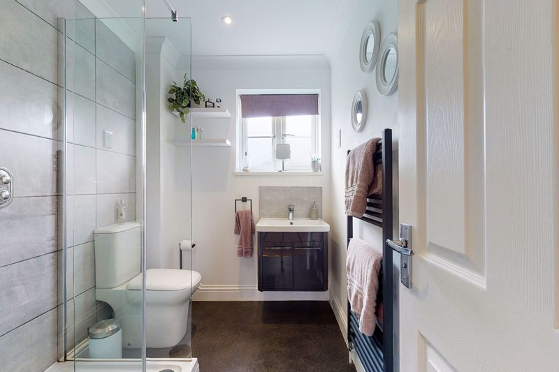 5 bed house for sale in Main Road, Chichester  - Property Image 9