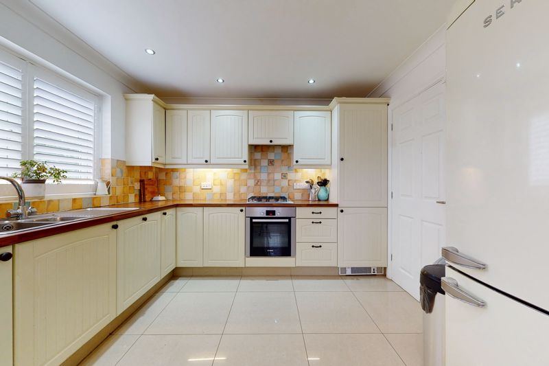 5 bed house for sale in Main Road, Chichester  - Property Image 15