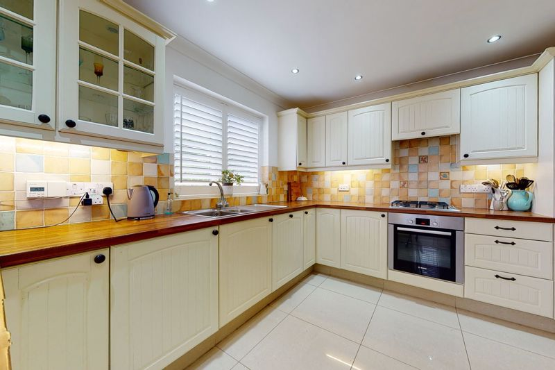 5 bed house for sale in Main Road, Chichester  - Property Image 14