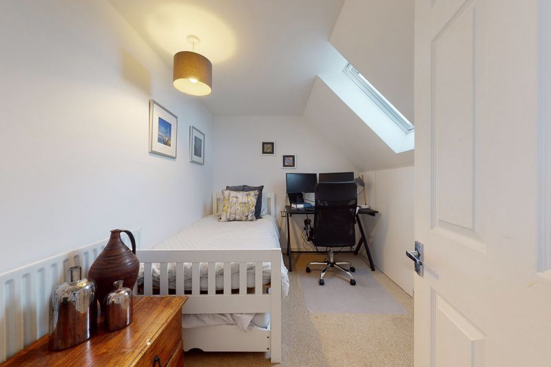 5 bed house for sale in Main Road, Chichester 12