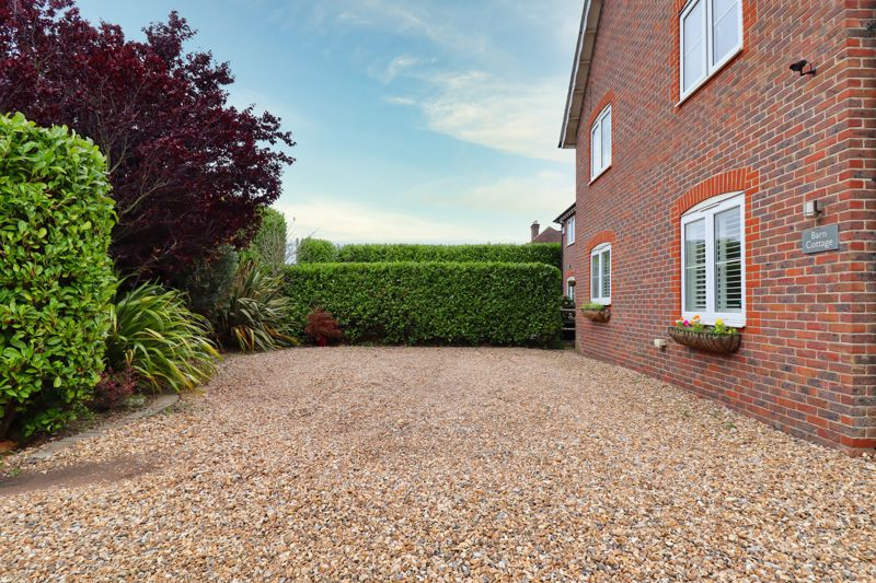 5 bed house for sale in Main Road, Chichester 25