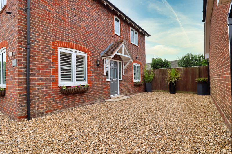 5 bed house for sale in Main Road, Chichester  - Property Image 24
