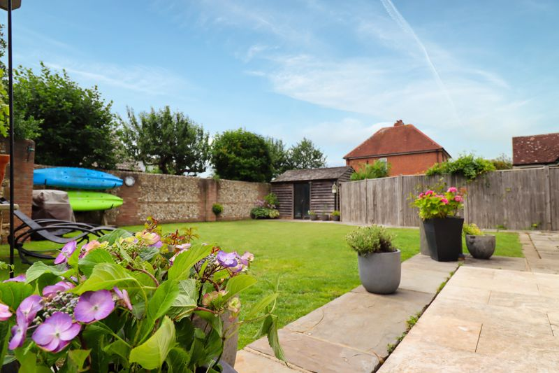 5 bed house for sale in Main Road, Chichester  - Property Image 23