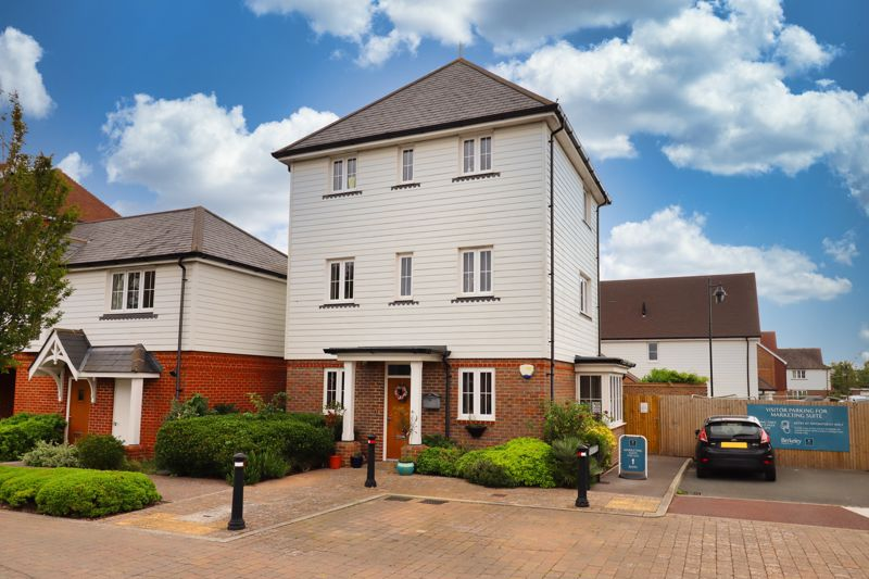 <br/><br/>White & Brooks are delighted to offer for sale this detached three Bedroom town house, situated close to local schools, shops and amenities and within easy reach of the seafront, Chichester City Centre and excellent road links.<br/><br/>The property is well presented throughout with the accommodation set over three floors. To the ground floor there is an Entrance Hall, Cloakroom, Study, a light and spacious Living Room with cathedral window, open plan to the Dining Room and Kitchen with integrated appliances. To the first floor, Primary Bedroom, with a four piece En-Suite and Dressing Area and to the second floor, a further two Bedrooms, both with built in wardrobes and a family Bathroom.<br/><br/>The property further benefits from an enclosed rear garden, garage and an allocated parking space. There are also three years remaining on the NHBC warranty. An internal viewing is essential to appreciate all the property has to offer.
