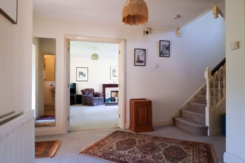 4 bed house for sale in St. Marys Meadow, Arundel  - Property Image 14