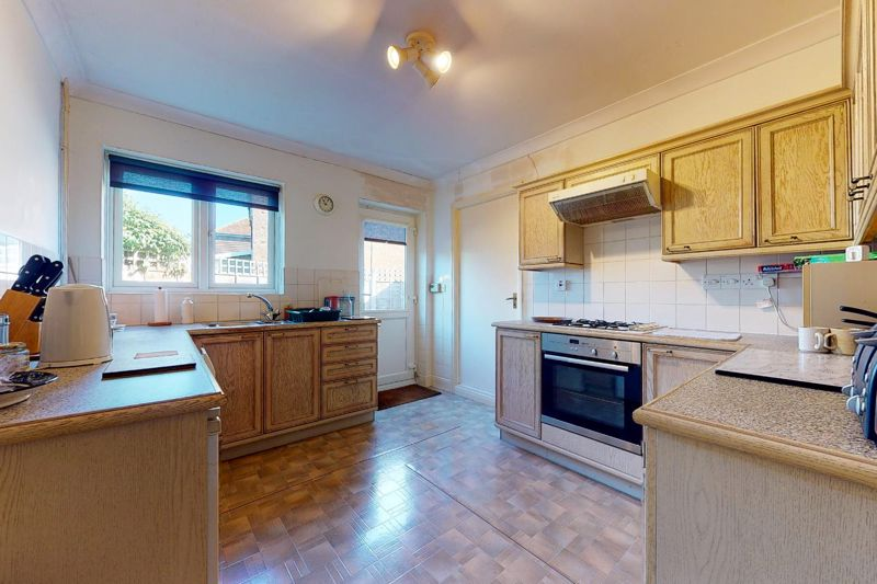 4 bed house for sale in St. Marys Meadow, Arundel 2
