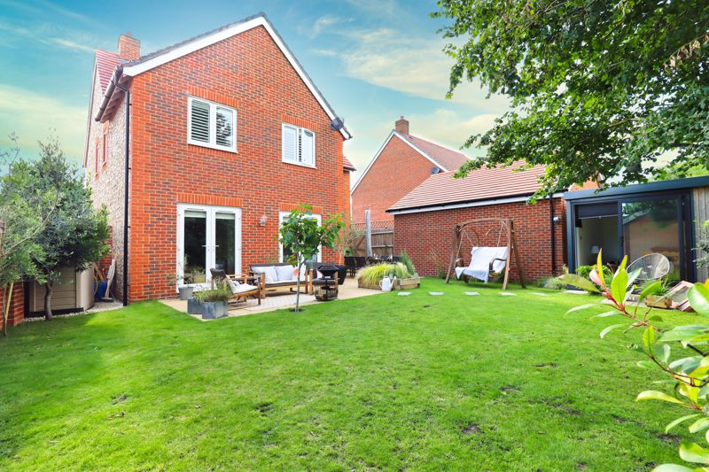 4 bed house for sale in Vesta Mews, Chichester  - Property Image 20