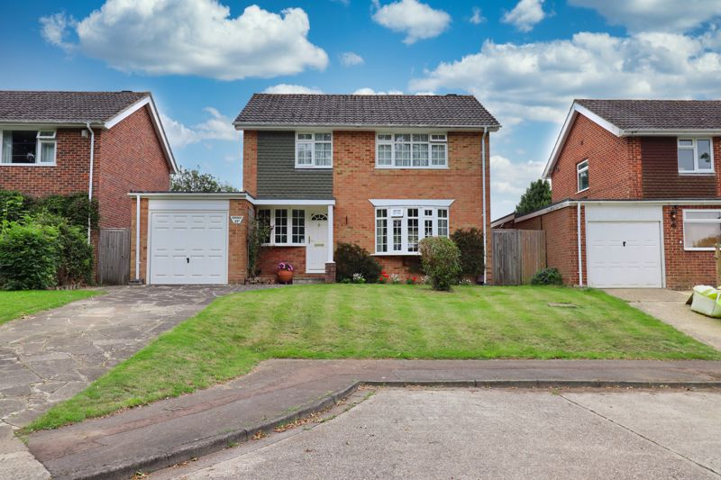 White & Brooks are delighted to offer for sale this well presented, detached family home, situated in a quiet cul-de-sac location, in the highly-desirable area of the Broyle Estate of Chichester.The accommodation briefly comprises to the ground floor: Entrance Hall, Cloakroom, Utility Room, Kitchen, Living Room, Dining Room and a Conservatory. To the first floor four good sized Bedrooms can be found and a family Bathroom.The property further benefits from a beautiful private rear garden, large driveway providing off road parking for multiple vehicles and a garage.An internal viewing is highly recommended to appreciate the location and all that this property has to offer.