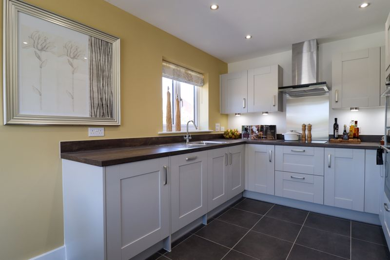2 bed house for sale in Cinders Lane, Arundel 2