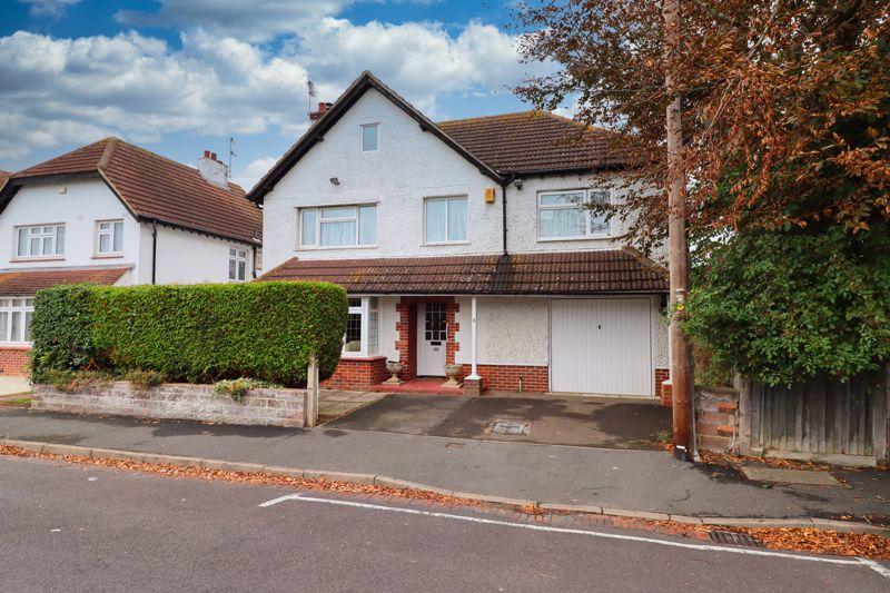 4 bed house for sale in Devonshire Road, Bognor Regis - Property Image 1