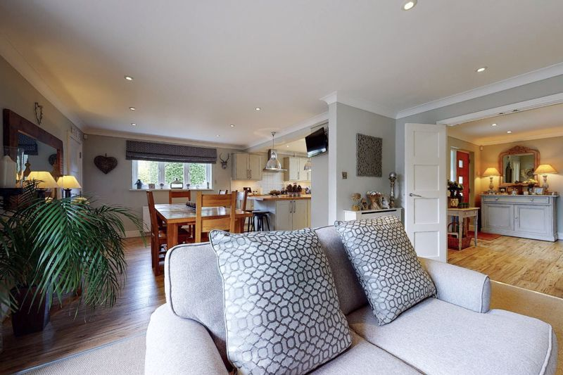 4 bed house for sale in Fordwater Road, Chichester  - Property Image 13