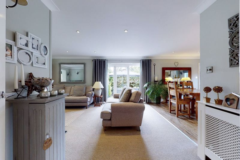 4 bed house for sale in Fordwater Road, Chichester 9