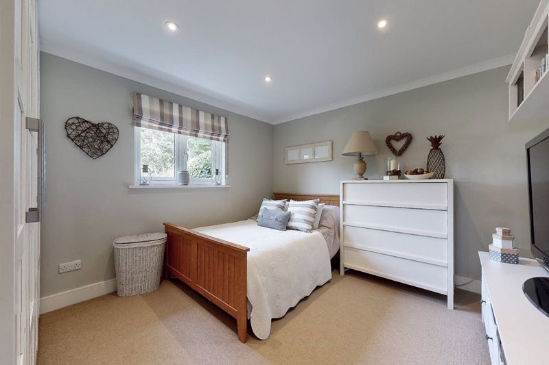 4 bed house for sale in Fordwater Road, Chichester 21
