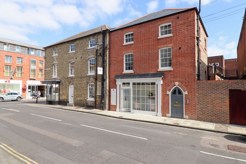 White & Brooks are proud to offer to the market, this beautifully refurbished two-bedroom apartment a stone's throw away from Chichester High Street. Occupying the entire of the top floor, this second floor apartment elegantly combines contemporary décor with authentic period features, such as the feature exposed beams throughout, which exhibits the property's history.The building itself is accessed through a quaint arched front door, which leads to a grand entrance hall and staircase up to the apartment. The main attribute of the apartment is without doubt the 33ft long, dual aspect kitchen/dining and living area, with views overlooking Chichester's city centre. The newly fitted kitchen comes complete with integrated appliances and above the living area the roof has been opened up to form a gallery.  There are two double bedrooms, a bathroom and separate utility room. The primary bedroom boasts a large en-suite shower room and also features an exposed brick wall that runs up the entire building. Situated in the heart of Chichester which provides a wide variety of cultural, leisure and shopping facilities, including the internationally renowned Festival Theatre, Pallant House Gallery and museums. The nearby area hosts many sailing clubs and marinas provide exceptional facilities for boating and sailing enthusiast of all abilities. West Wittering and East Head offer stunning beaches and a wide choice of recreational and water related sporting facilities.   The South Downs National Park can be found to the north of Chichester and provides miles of beautiful walks and rides.   Approximately 3½ miles to the North lies Goodwood with its' famous race course, golf courses and airfield and which is also home to the annual Festival of Speed and The Revival. Chichester benefits from a main line rail service to London Victoria (approximately 90 minutes) and the A27 provides access across the Coast to Brighton to the East and Southampton to the West.